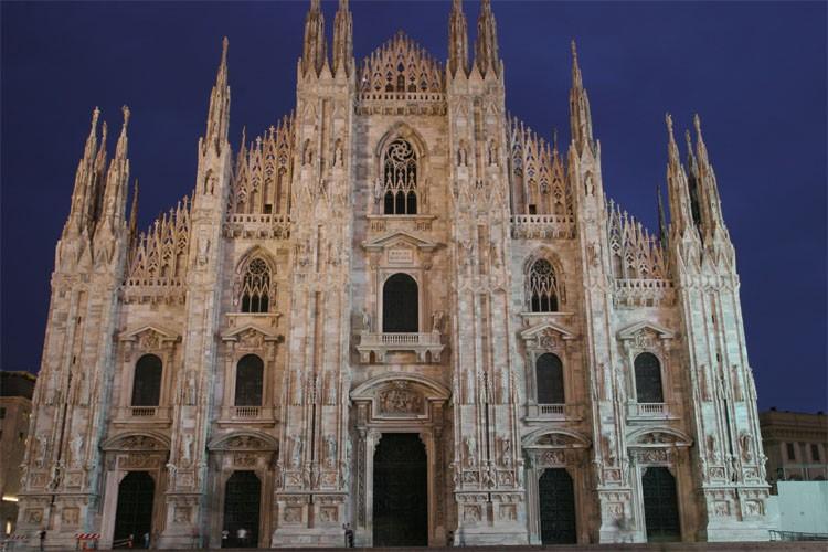 Estremamente Duomo de Milan UI24