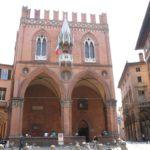 Place et palais de la Mercanzia